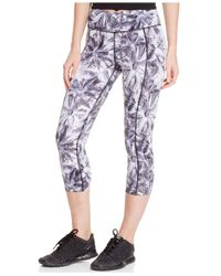 Betsey Johnson | Black Printed Capri Leggings | Lyst
