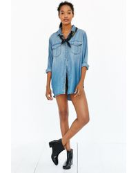 BDG | Blue Drapey Chambray Button-down Shirt | Lyst