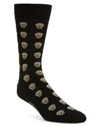 Alexander McQueen | Black Skull Pattern Socks for Men | Lyst