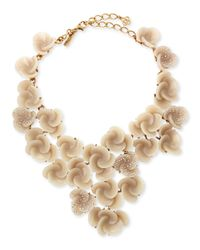 Oscar de la Renta - Brown Resin Flower Bib Necklace - Lyst