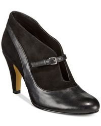 Bella Vita | Black Neely Pumps | Lyst