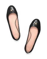 Tory Burch | Black Leather Flat Pumps with Tassels | Lyst