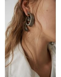 Acne - Metallic Seashell Earring antique Silver - Lyst