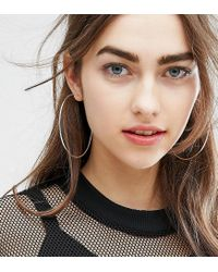 Kingsley Ryan | Metallic Shoulder Duster Hoop Earrings | Lyst
