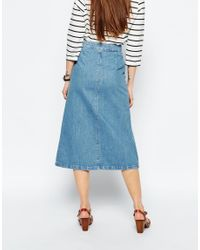 ASOS - Denim Midi Skirt With Patch Pockets In Mid Wash Blue - Lyst
