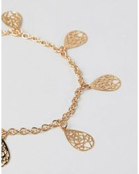 ASOS DESIGN - Metallic Anklet With Filigree Charms In Gold - Lyst