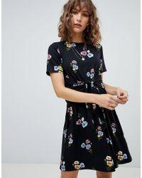 Warehouse - Black Poppy Bunch Twist Front Skater Dress - Lyst