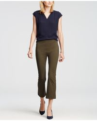 Ann Taylor | Green Kick Crop Stretch Leggings | Lyst
