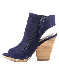Vince Camuto - Blue Javette Open Toe Leather Sandals - Lyst