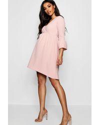 d2beb81bb1e9 Boohoo Maternity Crepe Ruffle Smock Dress in Pink - Lyst