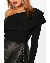 Boohoo - Black Frill One Shoulder Top - Lyst