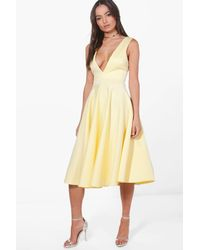 Boohoo - Yellow Anita Plunge Neck Scuba Skater Dress - Lyst
