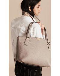 Burberry - Gray Medium Signature Grain Leather Tote Bag Pale Grey - Lyst