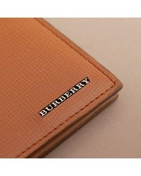 Burberry - Brown London Leather International Bifold Wallet Tan for Men - Lyst