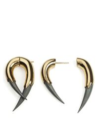 Kasun - Metallic Vampire Claw Mono Earring - Lyst