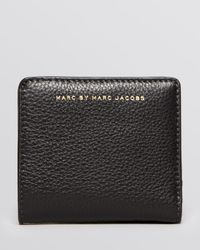 Marc By Marc Jacobs | White Wallet Sophisticato Emi Bifold | Lyst