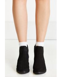 Urban Outfitters | Black August Pointy Toe Chelsea Boot | Lyst