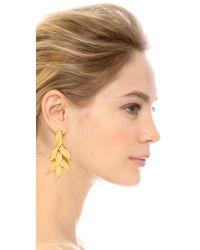 Oscar de la Renta - Metallic Leaf Earrings - Russian Gold - Lyst