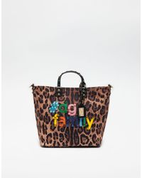 Dolce   Gabbana. Women s Printed Beatrice Canvas Bag With Dg Family Patch 010d760bc98d8