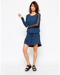 Vila | Blue Long Sleeve Belted Dress With Lace Sleeves | Lyst