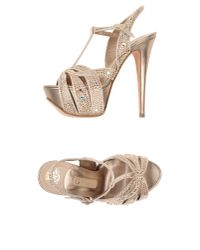 Gina - Natural Sandals - Lyst