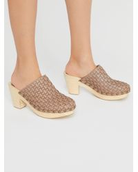 Free People - Gray Adelaide Clog - Lyst