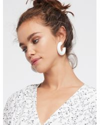 Free People - White Suzie Q Tube Hoops - Lyst