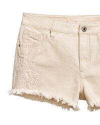 H&M - Natural Embroidered Denim Shorts - Lyst