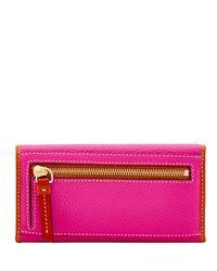Dooney & Bourke - Pink Pebble Grain Continental Clutch - Lyst
