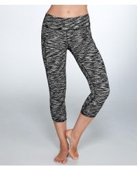 Calvin Klein - Black Cut-off Logo Cropped Leggings - Lyst
