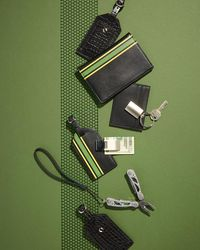 Neiman Marcus - Black Striped Faux-leather Luggage Tag for Men - Lyst