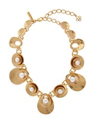 Oscar de la Renta | Blue Gold-tone Pearl Disc Necklace | Lyst