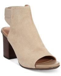 Kenneth Cole Reaction | Natural Frida Fly Sandals | Lyst