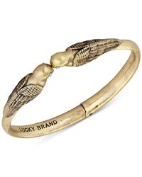 Lucky Brand | Metallic Gold-tone Kissing Birds Hinged Cuff Bracelet | Lyst