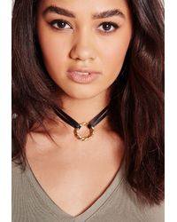 Missguided - Metallic Pendant Choker Gold - Lyst