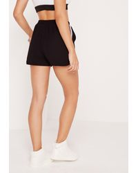Missguided - Side Stripe Crepe Shorts Black - Lyst