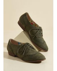 Restricted | Green Walking On Wingtip-toes Oxford Flat | Lyst
