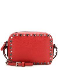 Valentino - Red Garavani Rockstud Rolling Noir Leather Shoulder Bag - Lyst