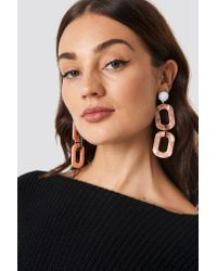 NA-KD - Chained Resin Look Earrings Pink - Lyst