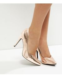 604662f96f72 New Look. Women s Black Wide Fit Rose Gold Metallic V Throat Toe Court Shoes