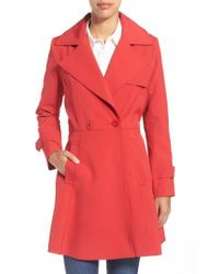 Trina Turk | Red Phoebe Double-Breasted Trench Coat | Lyst