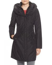 Laundry by Shelli Segal - Black Pillow Collar Raincoat With Detachable Quilted Hooded Bib Insert - Lyst