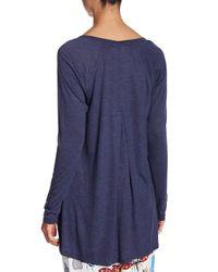 Josie Blue V-neck Back Pleated T-shirt