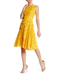 Oscar de la Renta | Yellow Sleeveless Lace Back Keyhole Dress | Lyst