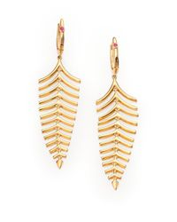 Roberto Coin | Metallic 18k Yellow Gold Fishbone Drop Earrings | Lyst