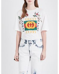 23c062cc064 Lyst - Gucci GG-Print T-shirt With Floral Patches in White