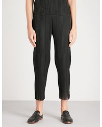 Pleats Please Issey Miyake - Black Fringed-hem Cropped Pleated Trousers - Lyst