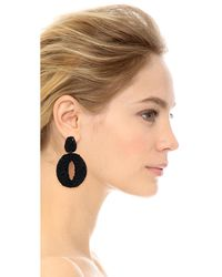 Oscar de la Renta | Black Classic Oscar O Earrings | Lyst