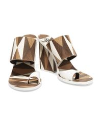 Tory Burch | Brown Kempner Printed Leather Sandals | Lyst