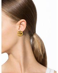 Chanel - Metallic Cc Circle Clip-on Earrings Gold - Lyst